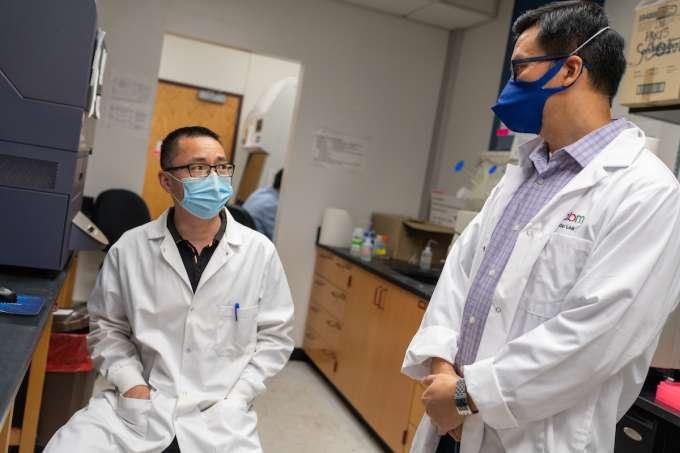 Dr.Liang Zhou and Lifeng Xiang